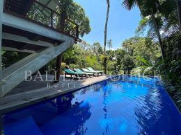 Treetop Villa Nyanyi 1