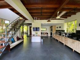 Treetop Villa Nyanyi 12