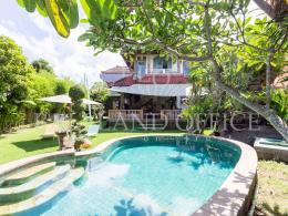 Villa LJ Padang Linjong 1